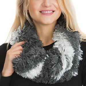 🎁 $10 ADD ON 🎁 Plush Faux Fur Soft Cozy Scarf
